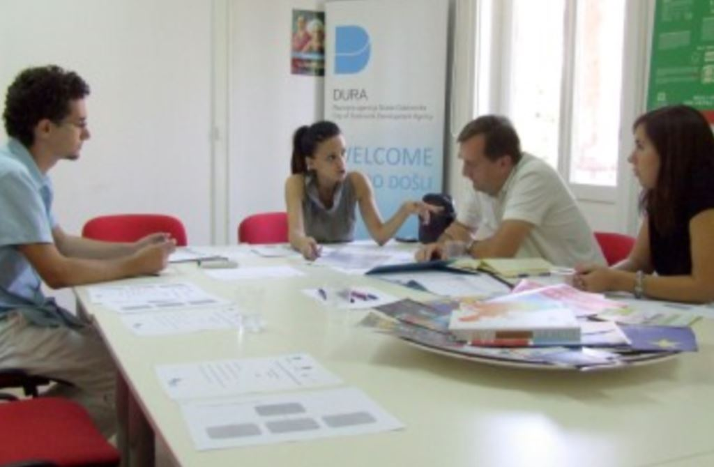 Sastanak o koncepciji organizacije, radu i smještaju Info-centra za mlade Grada Dubrovnika u sklopu projekta Youth Adrinet