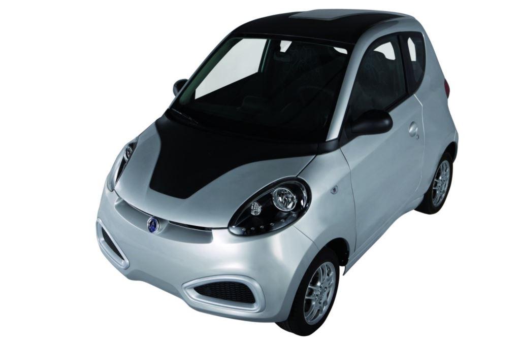 Predstavnici DURA-e testirali električno vozilo iCARO